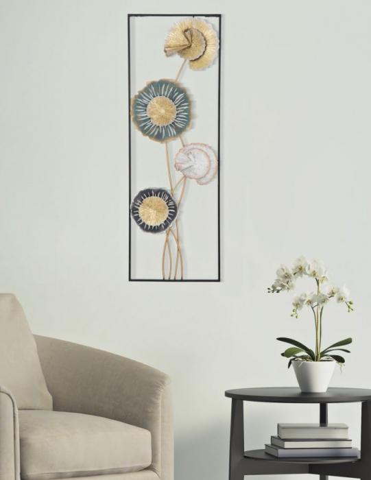 Decoratiune de perete  LET -B- (cm) 30X5X88,50 5