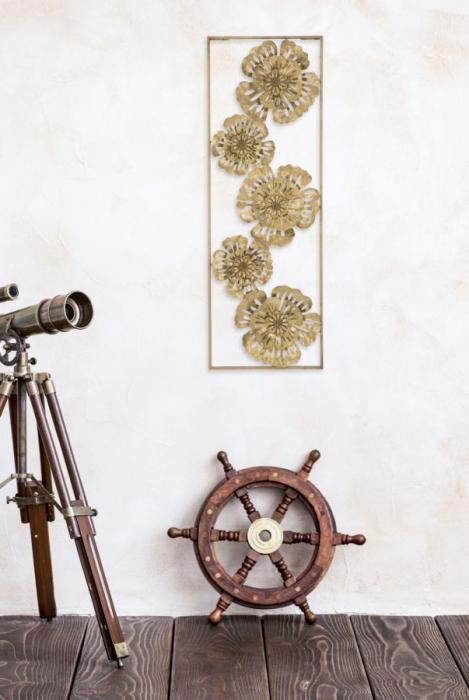 Decoratiune de perete  LUXY -B- (cm) 30,5X3,75X88,5 7