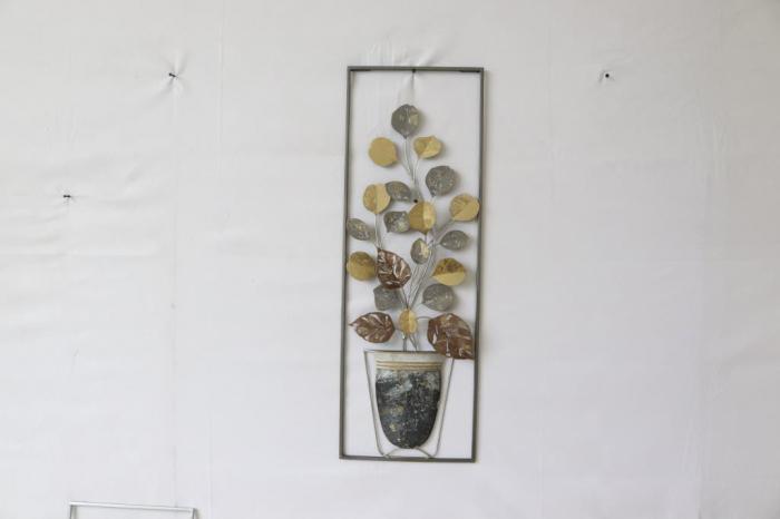 Decoratiune de perete Vase, fier, multicolor, 31X3.5X89.5 cm 2021 lotusland.ro