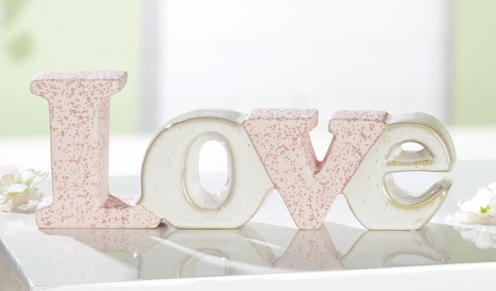 Decoratiune Love Passion, ceramica, bej roz, 25x9x3.5 cm 2021 lotusland.ro