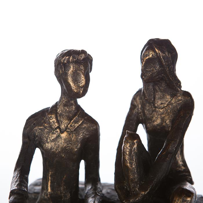 Figurina DISCUSSION, rasina, 17X13X12 cm 1