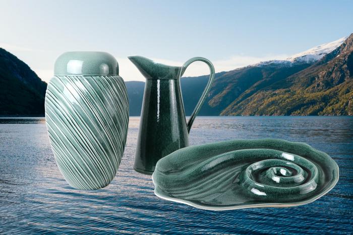 Set Carafa cu Vaza si Farfurie VAUX, ceramica, verde maslina, 32.5/33/5 cm 0