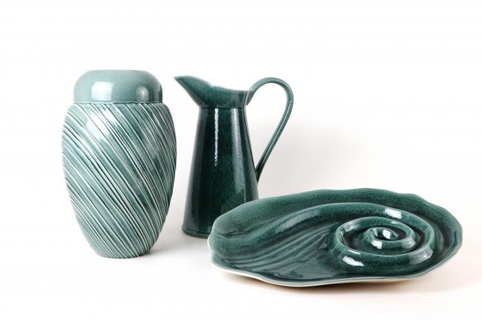 Set Carafa cu Vaza si Farfurie VAUX, ceramica, verde maslina, 32.5/33/5 cm 3