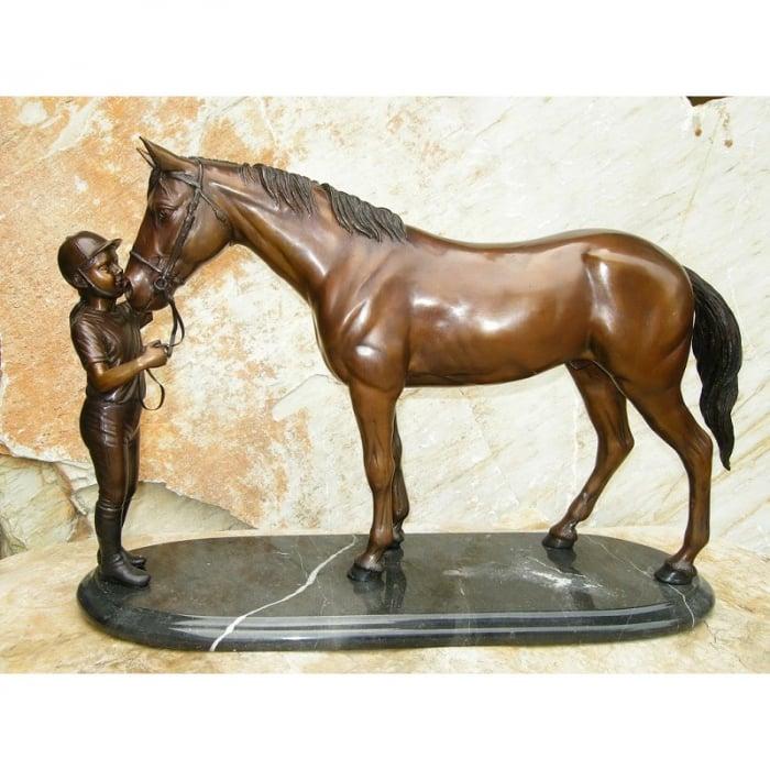 Statuie de bronz moderna Girl and horse on marble base 37x15x58 cm lotusland.ro