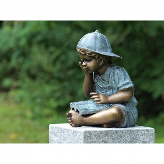 Statuie de bronz moderna Reading boy 29x24x25 cm 0