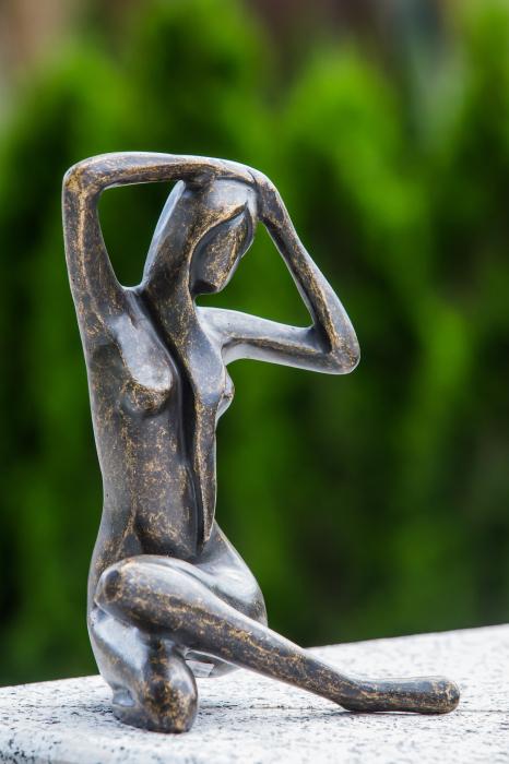 Statuie de bronz moderna Sitting Lady, 25x18x18 cm 5