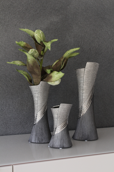 Vaza Bridgetown, ceramica, argintiu gri, 10x19x8 cm imagine 2021 lotusland.ro