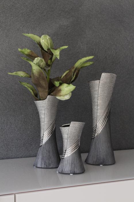 Vaza Bridgetown, ceramica, argintiu gri, 13.5x39x1 cm lotusland.ro