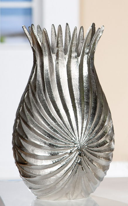 Vaza Palm Leaf, aluminiu, argintiu, 18x31x12 cm lotusland.ro