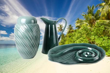 Set Carafa cu Vaza si Farfurie VAUX, ceramica, verde maslina, 32.5/33/5 cm2