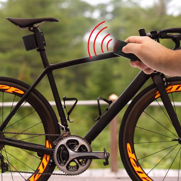 Alarmă biciclete cu telecomandă şi sirenă 110 dB [1]