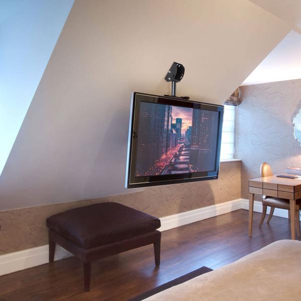 """Suport-consolă TV cu fixare pe tavan 360° - 32""""-65"""" 1"""