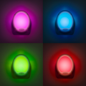 "Lumina de veghe LED cu colori alternante Premium ""Smooth"" - 7 LED, 8x10cm2"