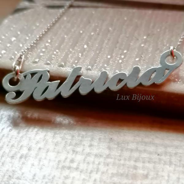 Lantisor personalizat din argint cu nume Patricia 0