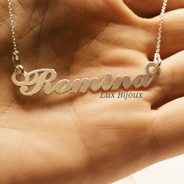 Lantisor personalizat din argint cu nume Romina 1