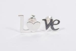 Cercei argint Love1
