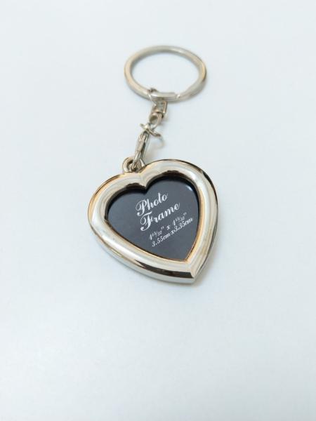 Breloc Metalic Personalizat Cu Poza - Inima 4