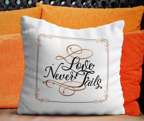 Perna Personalizata - Love Never Fails 0
