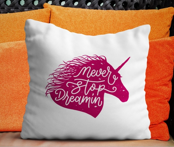 Perna Personalizata - Never Stop Dreaming 0