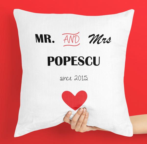 Perna personalizata - nume mr. and mrs. 0