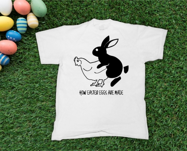 Tricou Personalizat de Paste - How Easter Eggs Are Made 0