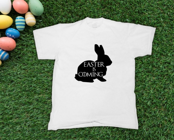 Tricou Personalizat - Easter Is Coming 0