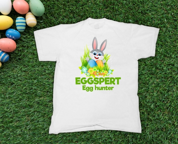 Tricou Personalizat de Paste - Eggspert Egg Hunter 0