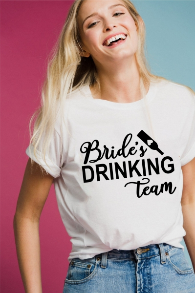 Tricou Petrecerea Burlacitelor - Bride's Drinking Team 1
