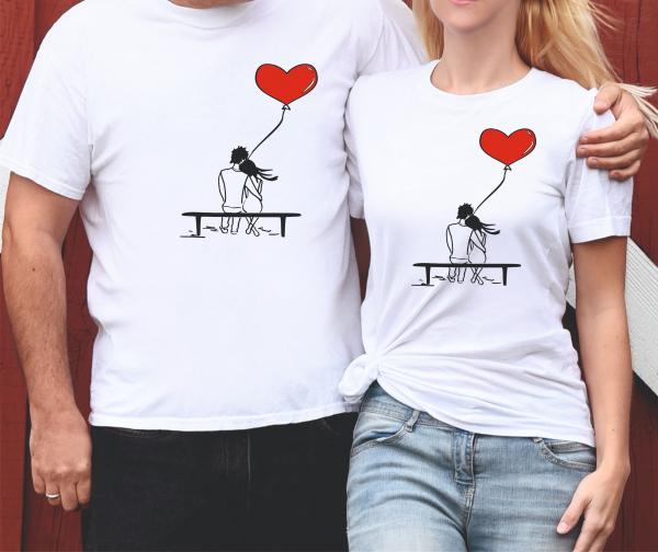 Tricouri Cuplu Personalizate - Iubiti Pe Banca 0
