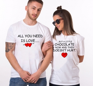 Tricouri Cuplu Personalizate - All you need is Love and Chocolate0
