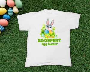 Tricou Personalizat de Paste - Eggspert Egg Hunter0
