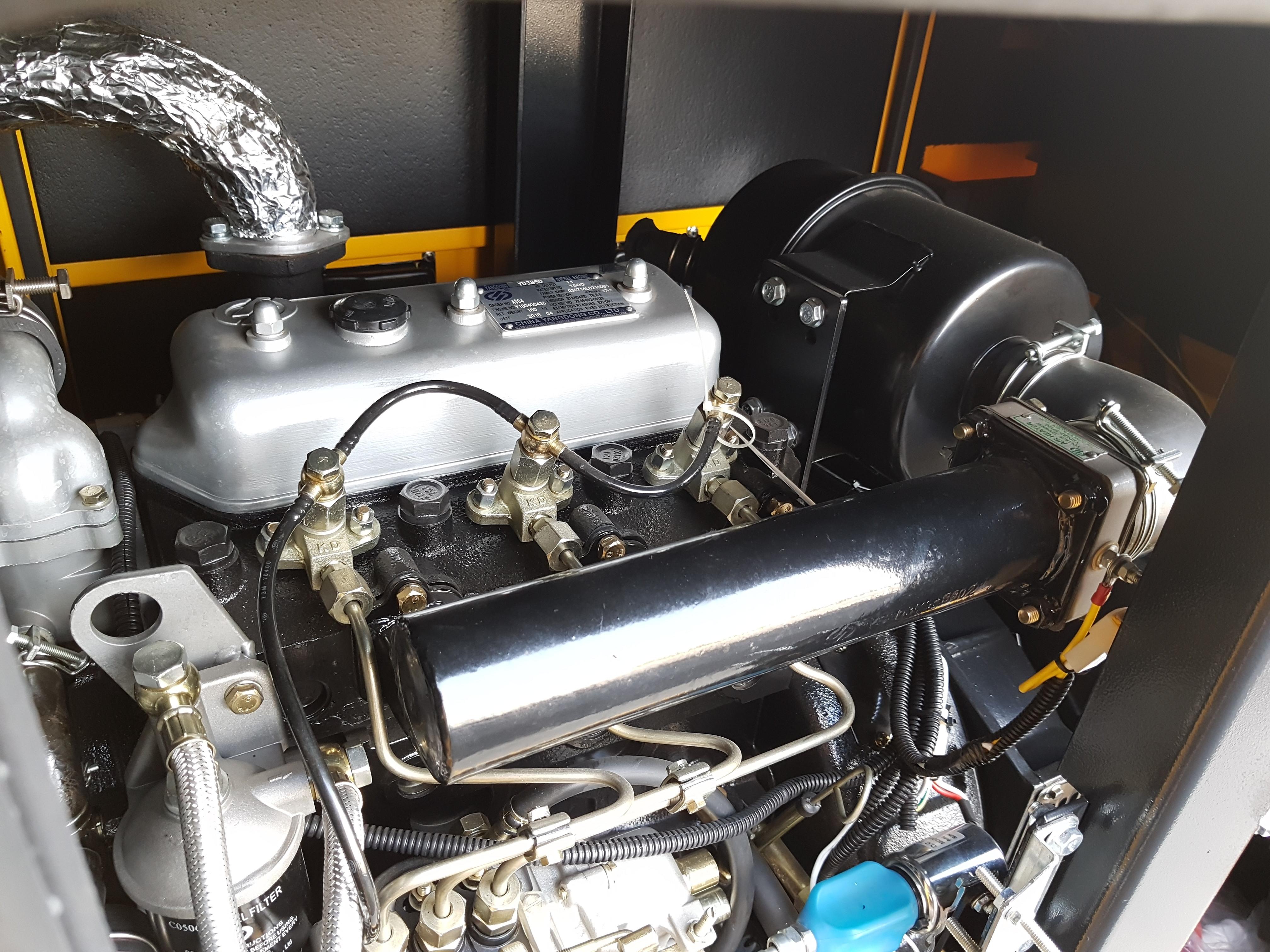 Stager YDY12S3 Generator insonorizat diesel trifazat 11kVA, 16A, 1500rpm [0]