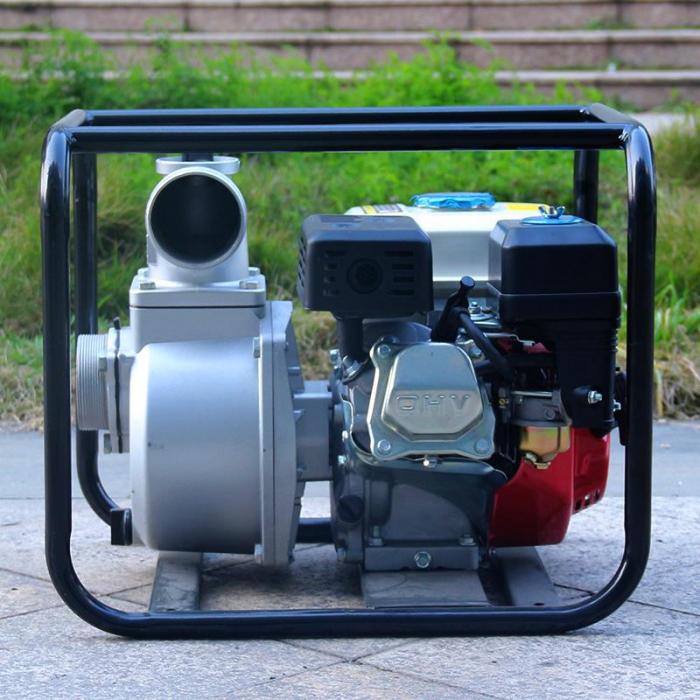 Motopompa Bison  BSWP30,  apa curata, 3'' intrare-iesire, motor pe benzina 4T, debit maxim 56m³/h, 8m adancime maxima, 30m inaltime refulare 5