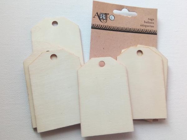 Etichetă lemn 1