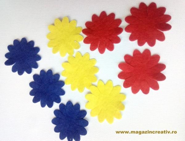 Flori fetru tricolor autoadeziv 0