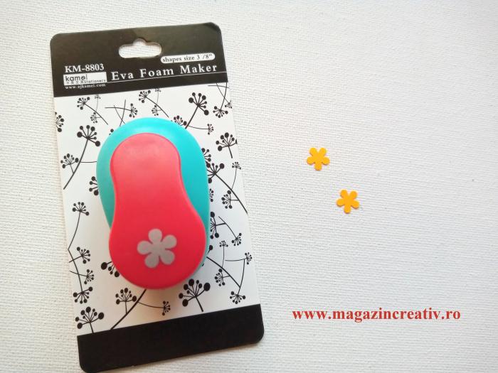 Perforator cu model flori1 cm 0