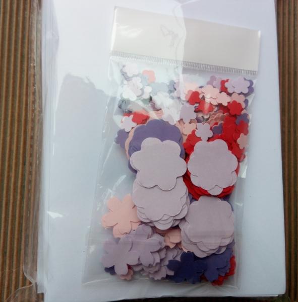 Set confecționare 20 felicitări inimă cu flori 3