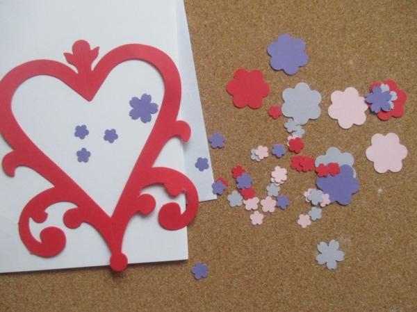 Set confecționare 20 felicitări inimă cu flori 1
