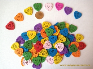 Figurine lemn - medalion inimă0