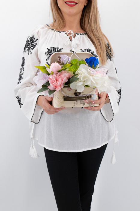 Aranajment floral - Valiza cu Flori - Mic [0]