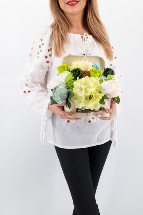 Aranajment floral - Valiza cu Flori - Mic 2 [0]