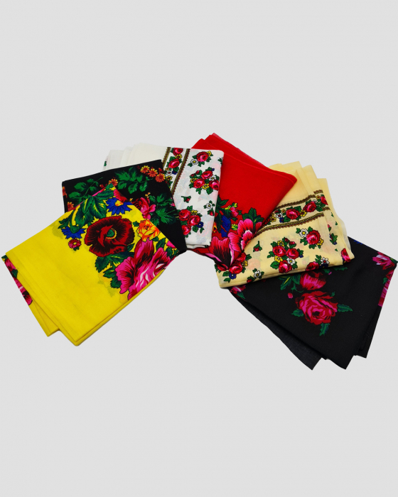 Batic Traditional cu Imprimeu Floral 1