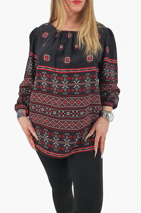 Bluza stilizata cu motive traditionale 4 0