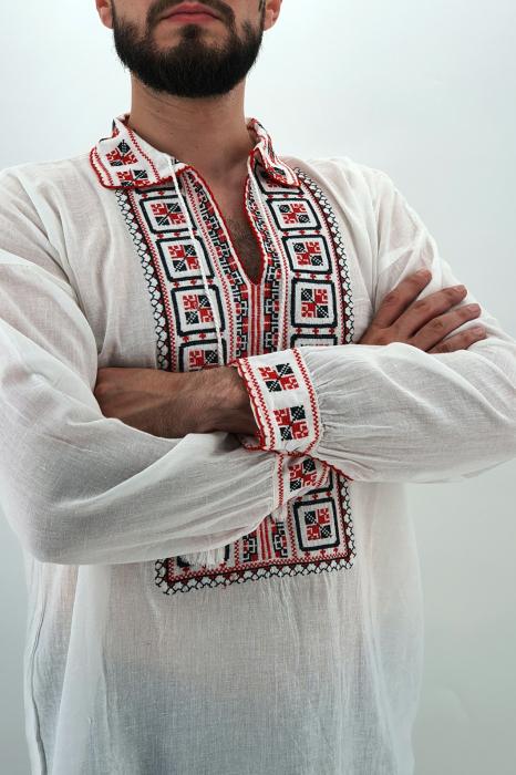 Ie traditionala Dumitru 2 3