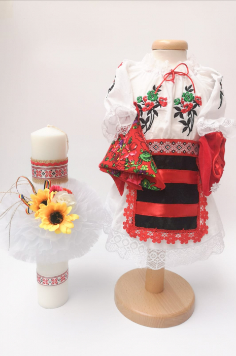 Set Traditional Botez - Costumas fetita/Lumanare 0