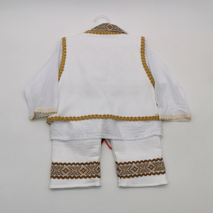 Compleu traditional baietel Costinel 2