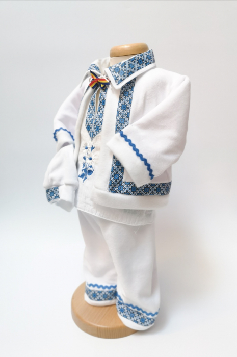 Compleu traditional baietel Bogdan 4 1