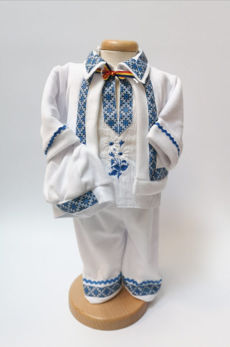Compleu traditional baietel Bogdan 4