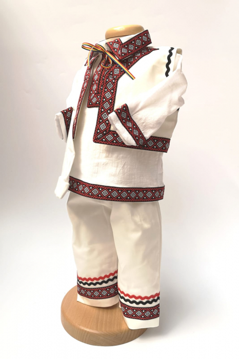 Compleu traditional baietel Darius 7 4