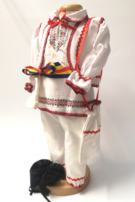 Compleu traditional baietel Rosu 2 2